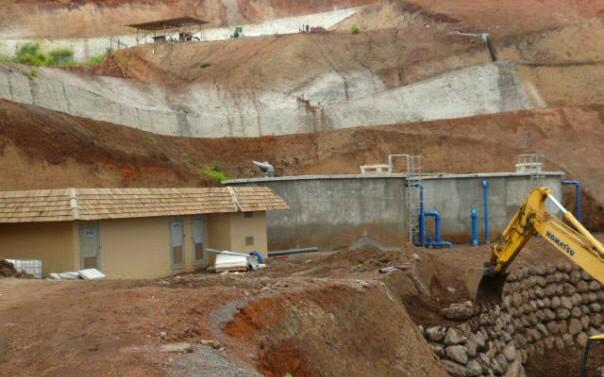 Pamatai Hills - Construction des reservoirs d'eau